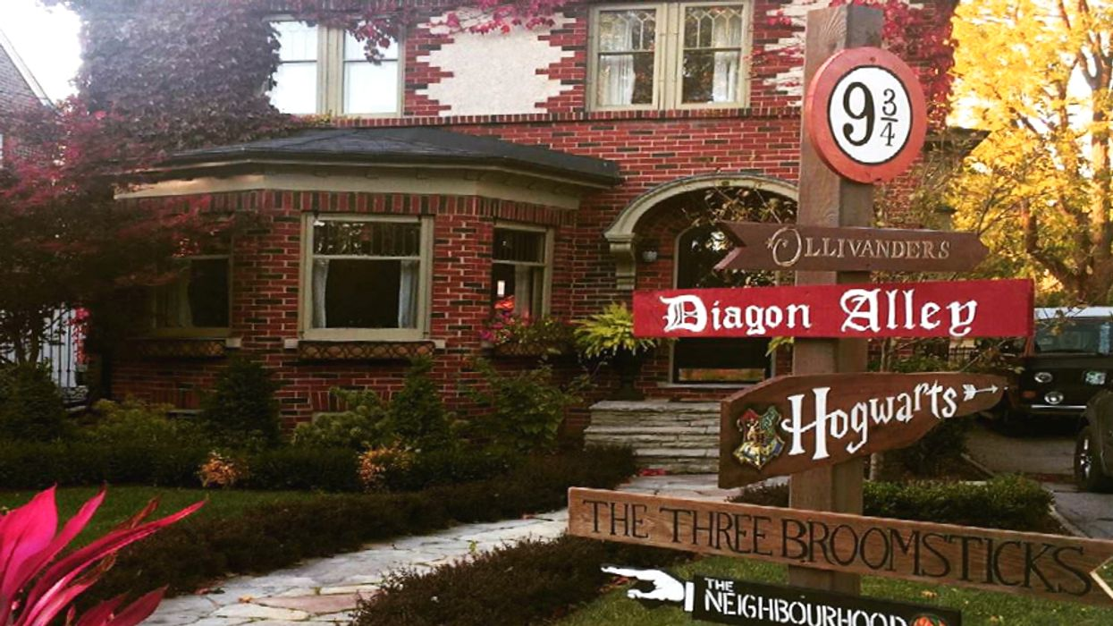 Oshawa Is Transforming One Of Its Streets Into A Miniature Harry Potter World This Halloween