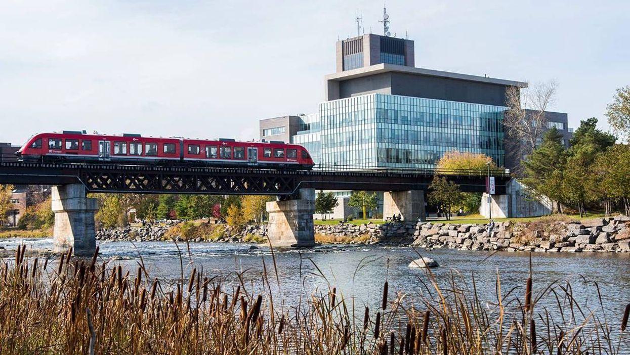7 Brutally Honest Descriptions Of Carleton University Faculties