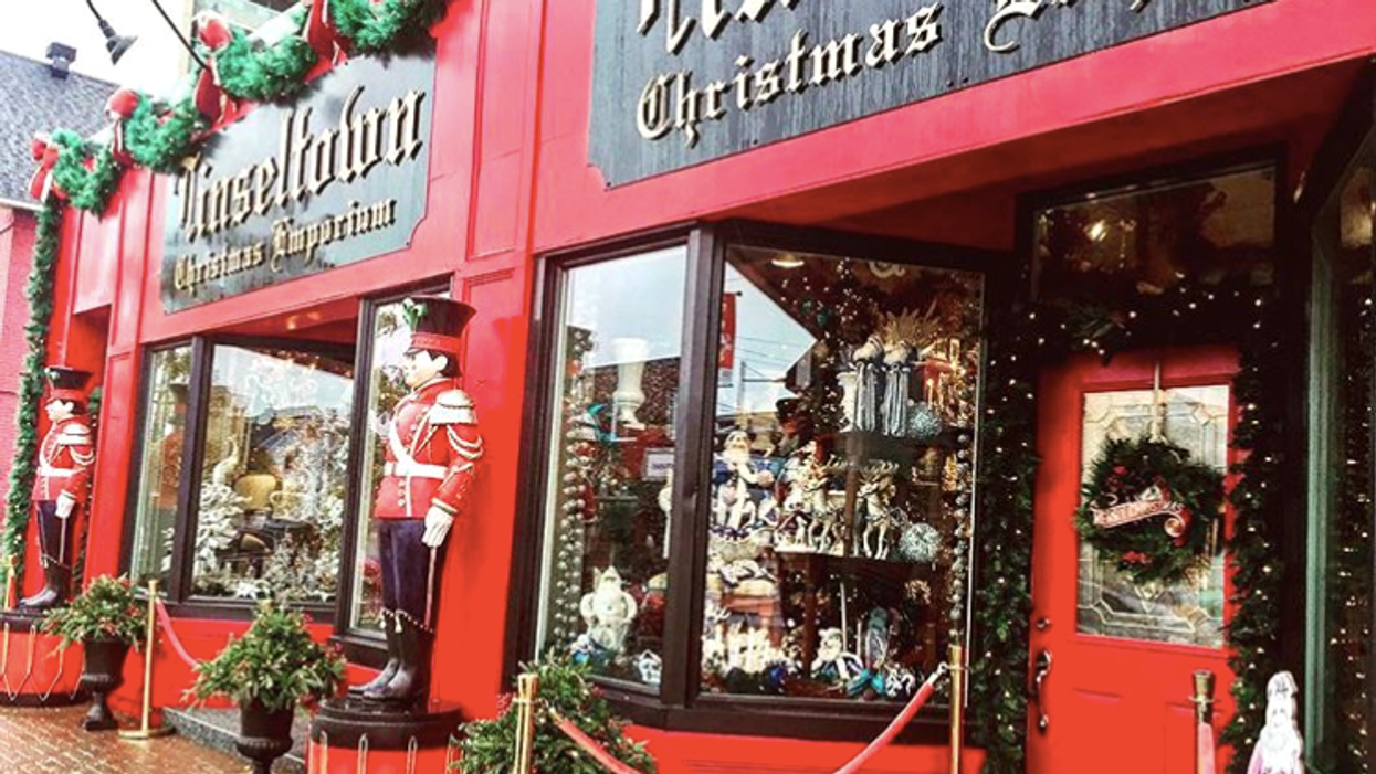 You Need To Check Out This Store In Ottawa If You're Obsessed With Christmas