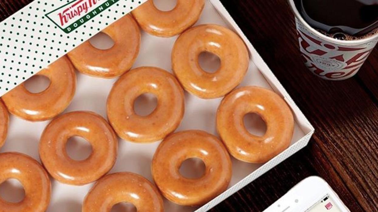 Krispy Kreme t'offre une boîte de beignets gratuite aujourd'hui seulement