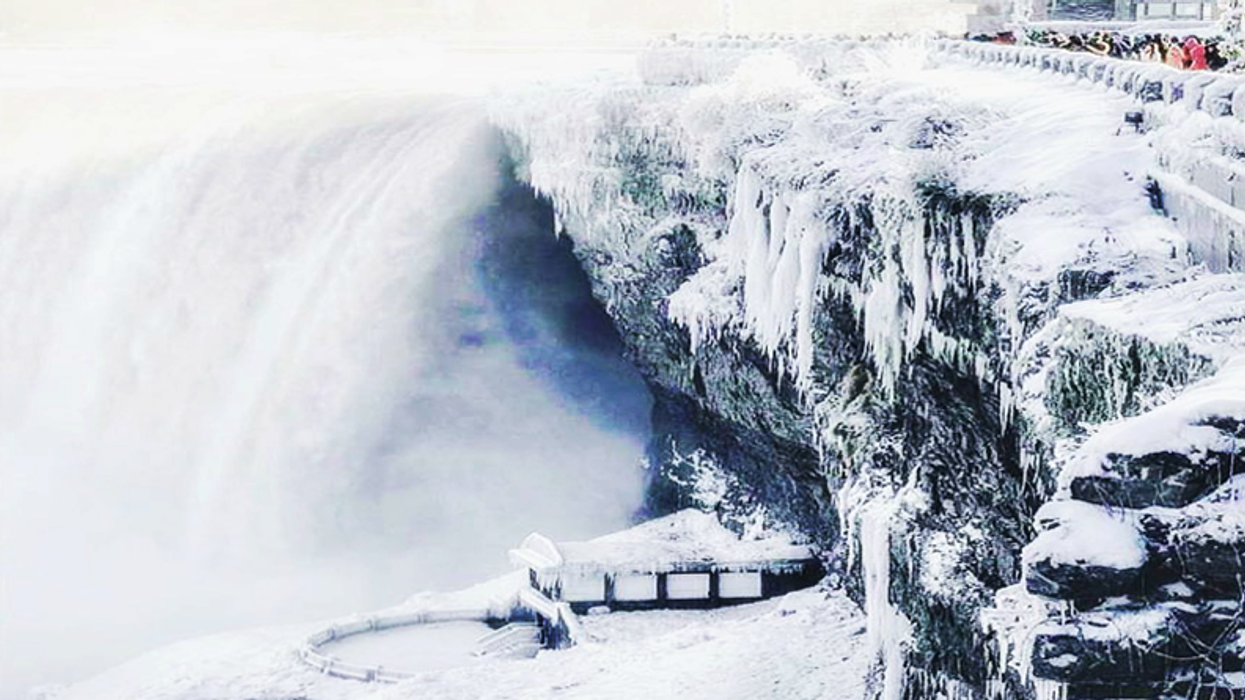 You Can Go On A Tour Of A Frozen Niagara Falls From Behind And It Looks Spectacular
