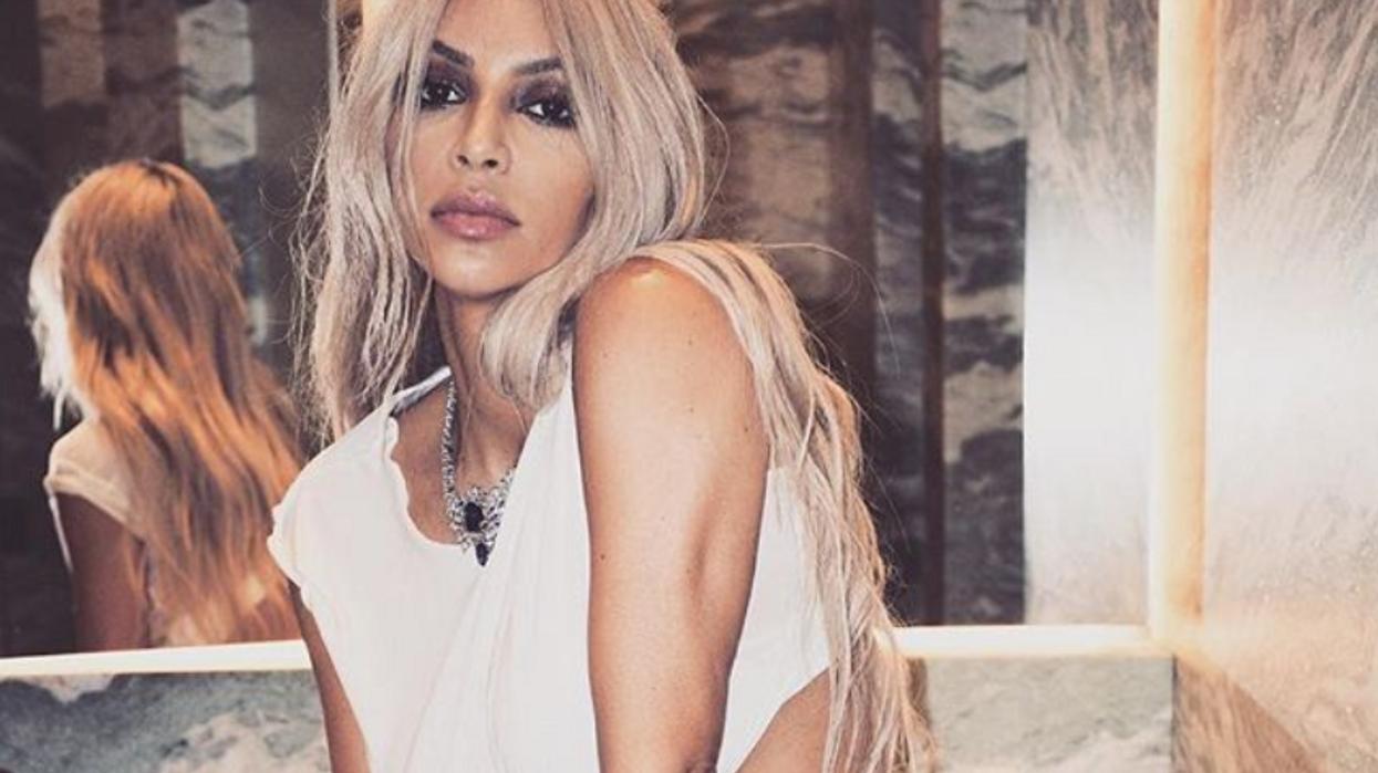Les fans confrontent Kim K sur la grossesse de Kylie Jenner et c'est à mourir de rire