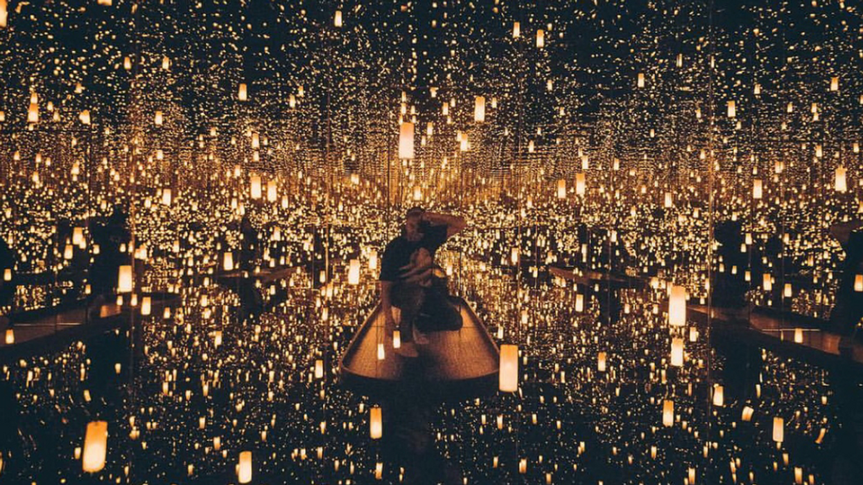 Here's How You Can Get Tickets To The Toronto Infinity Mirrors Exhibit If You Have A Shitty Spot In Line Right Now