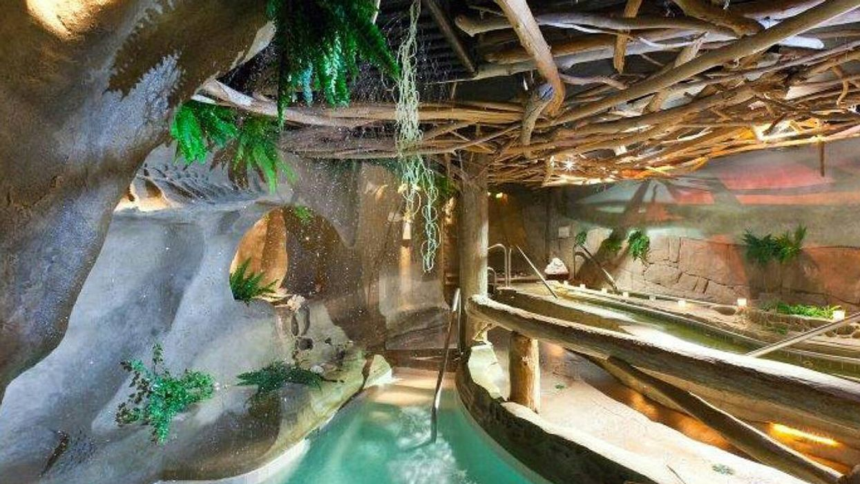 This Tropical-Themed Waterfall Spa Resort In BC Will Transport You To Paradise