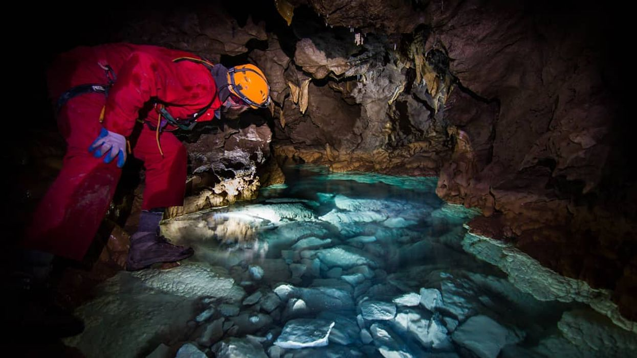 You Can Explore These Magical Hidden Caves In This Gorgeous Alberta Town