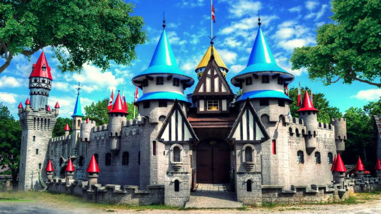 This Enchanted Kingdom In Ontario Has A Dungeon-Themed Escape Room You Must Try