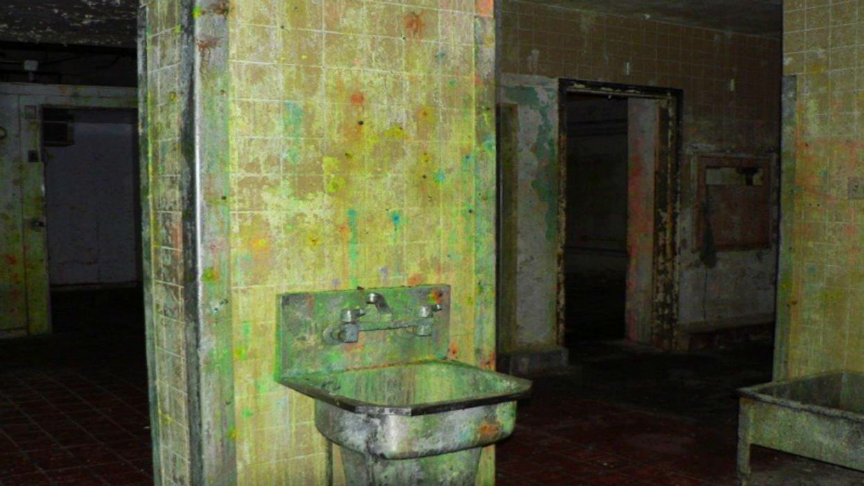 This Haunted Mental Hospital In Ontario Was Turned Into A Massive Paintball Arena