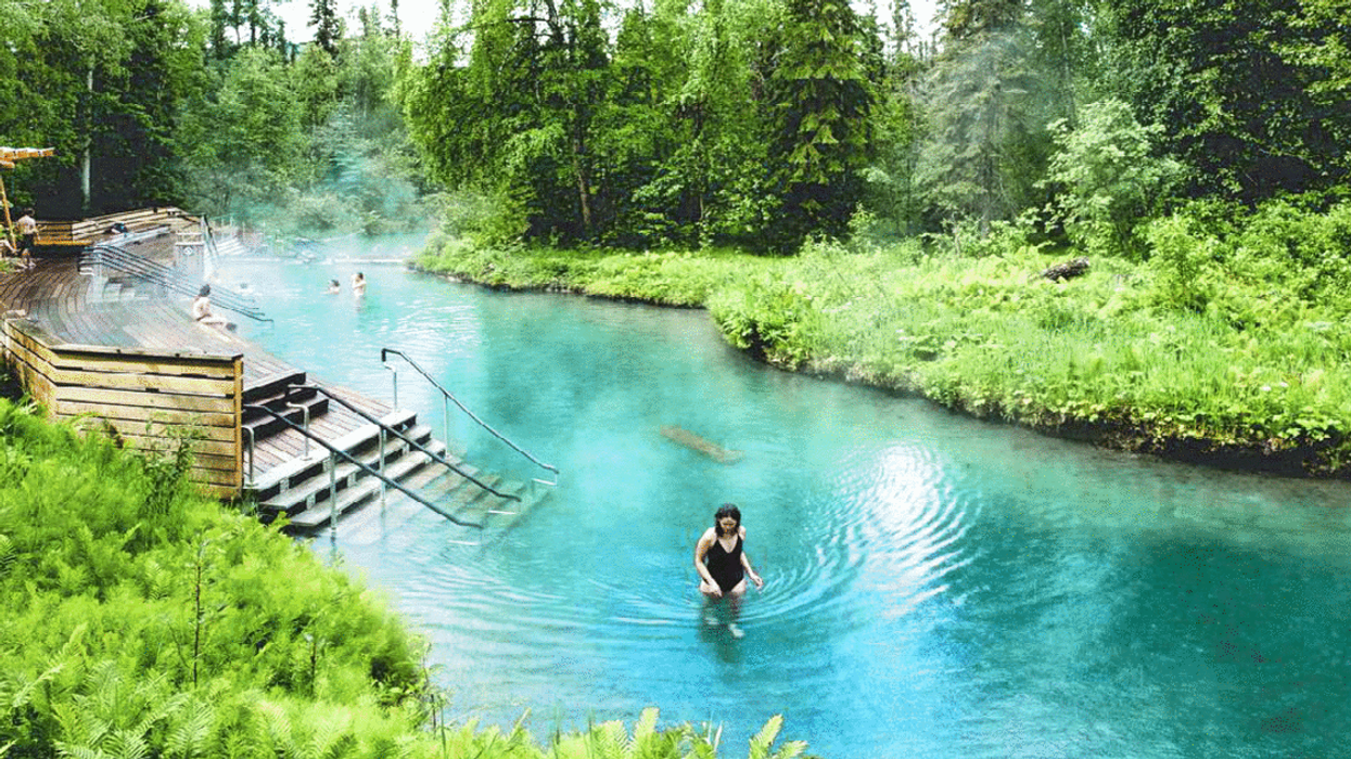 This Surreal Hot Spring Is A Hidden Paradise In Canada