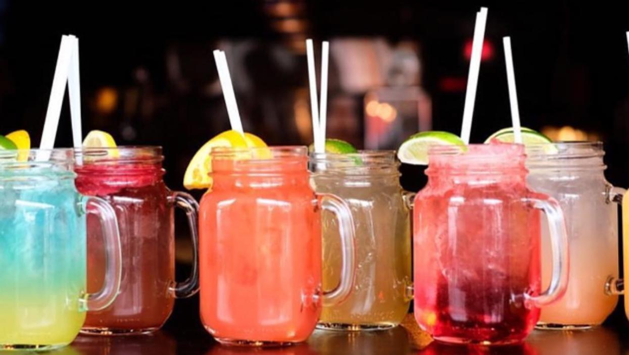 17 sortes de sangria différentes t'attendent à ce bar de Montréal