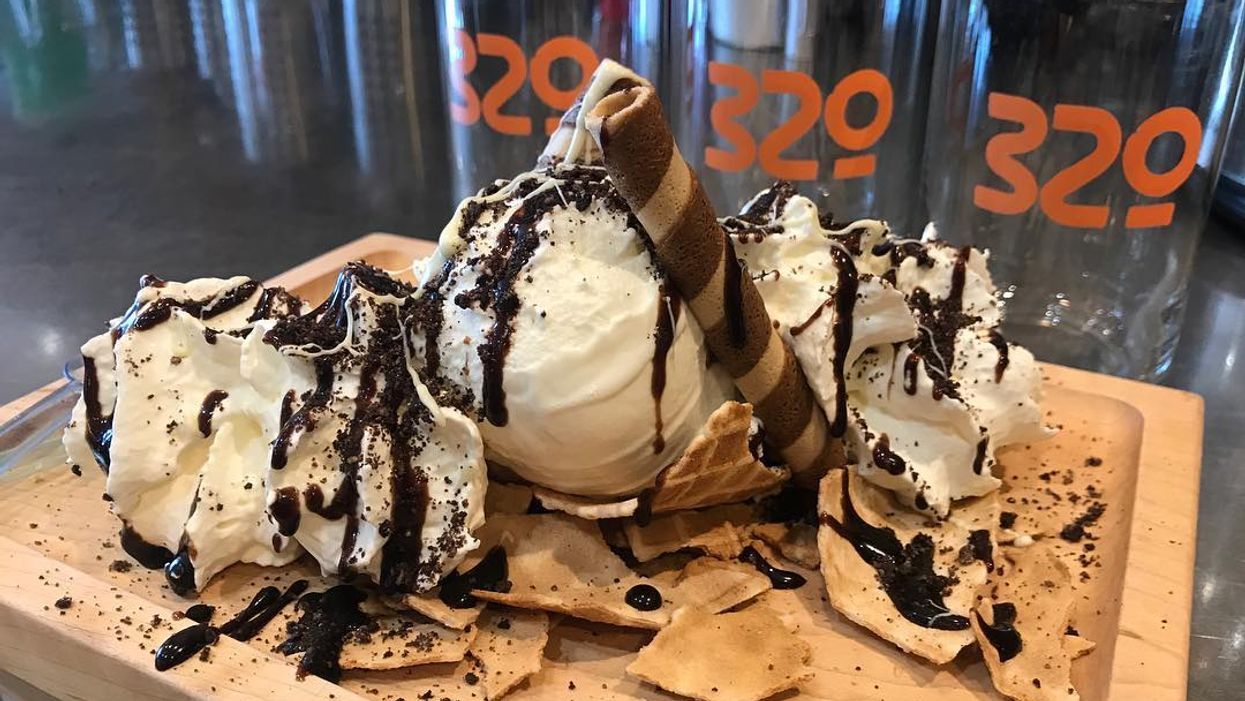 This Calgary Restaurant Sells Ice Cream Nachos And They're To Die For