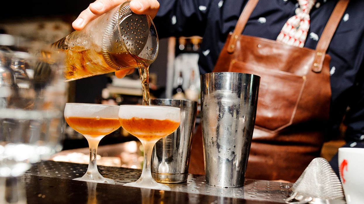 60 000 serveurs et barmans du Québec visés par Éduc'alcool afin de suivre une formation supplémentaire