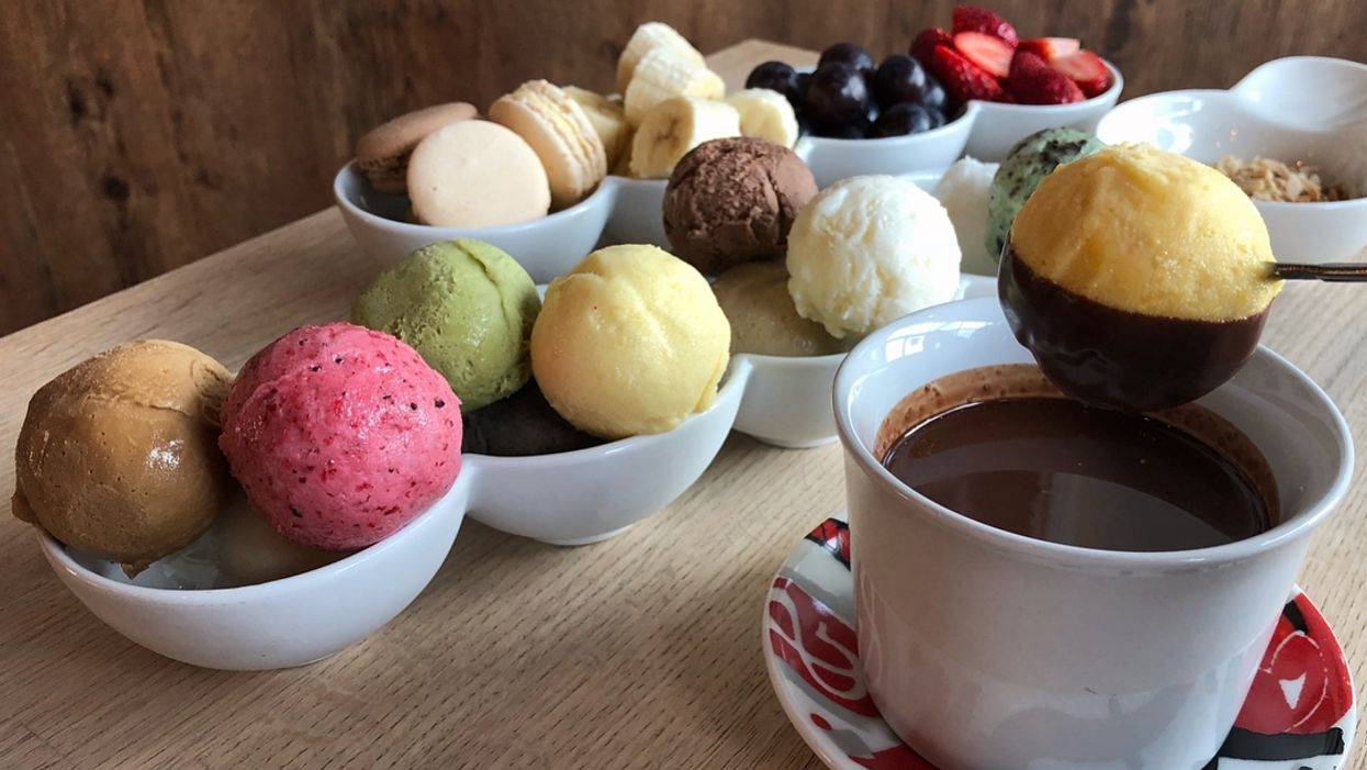 You Can Get Gelato Fondue At This Dessert Shop In Toronto