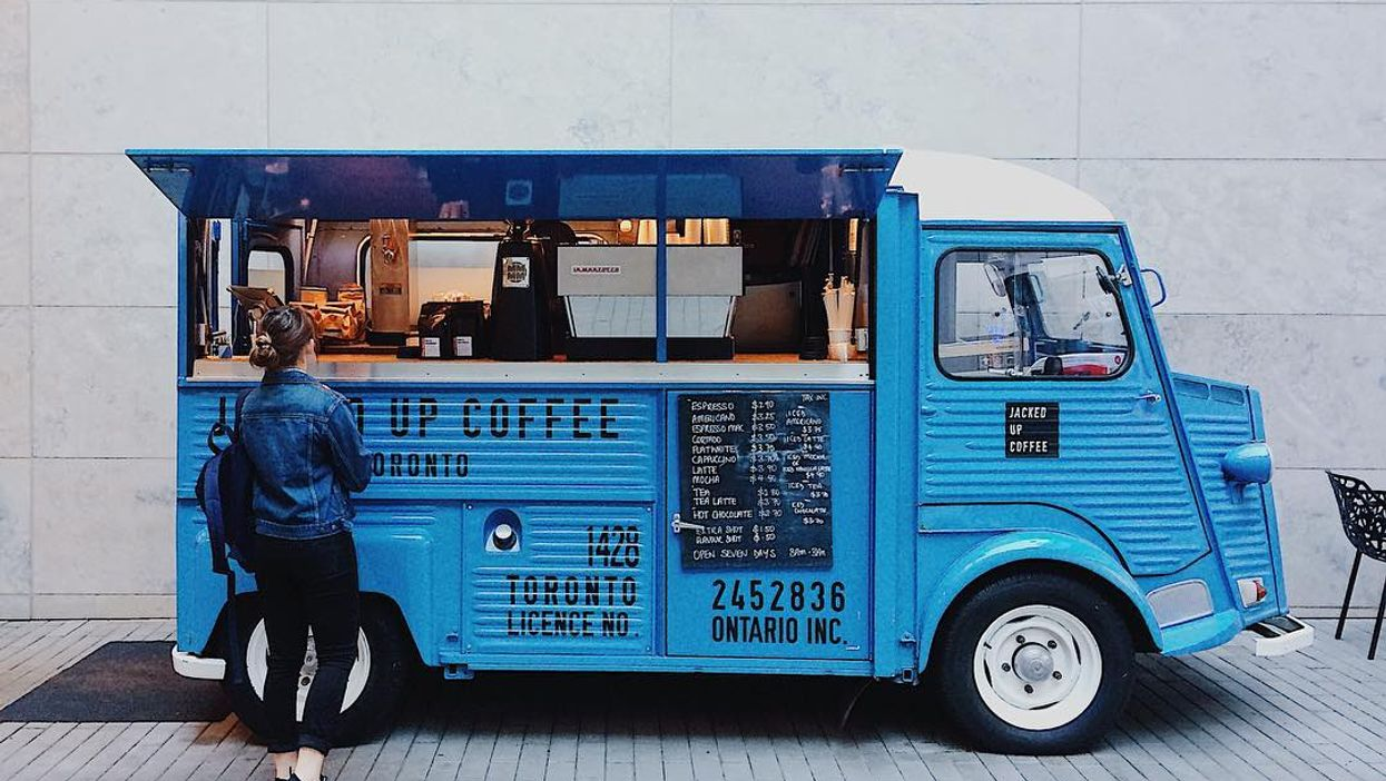 There's A Hidden Vintage Truck In Toronto That Sells Coffee And It's Actually Adorable