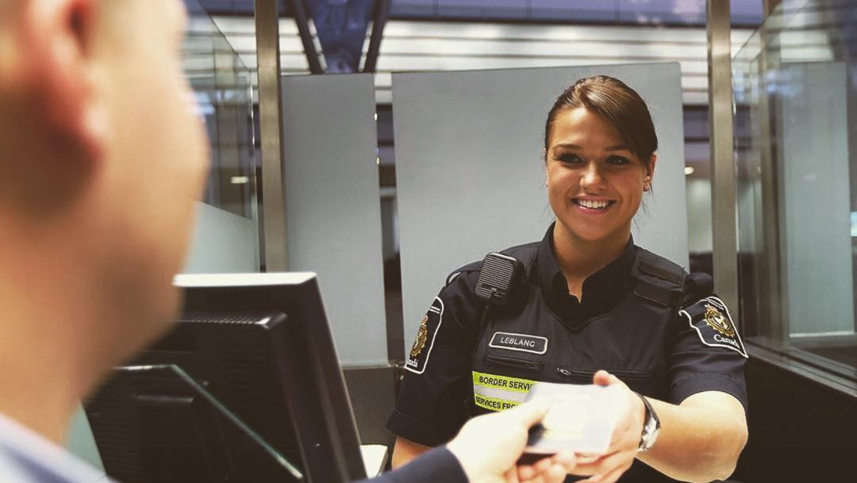 Border Agents Are Being Allowed To Search Your Phone Pretty Much Anytime They Want To