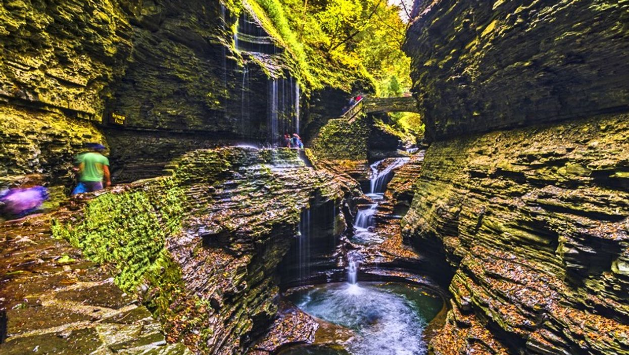 You Can Hike Through A Stunning Gorge Past 19 Waterfalls At This Hidden Trail Near Ontario