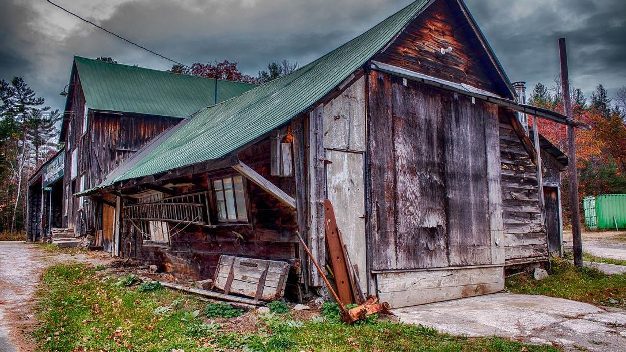 This Ontario Ghost Town Is Perfect For A Creepy Adventure