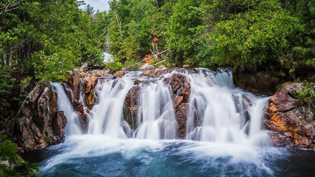 There's A Secret Waterfall Lagoon In Ontario That You Need To Discover This Summer