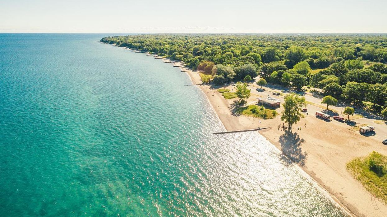 17 Stunning Beaches In And Around Toronto You Need To Hit Up Summer Ends