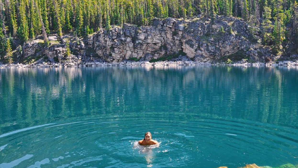 This Hidden Swimming Hole In Alberta Is The Perfect Summer Hang Out Spot