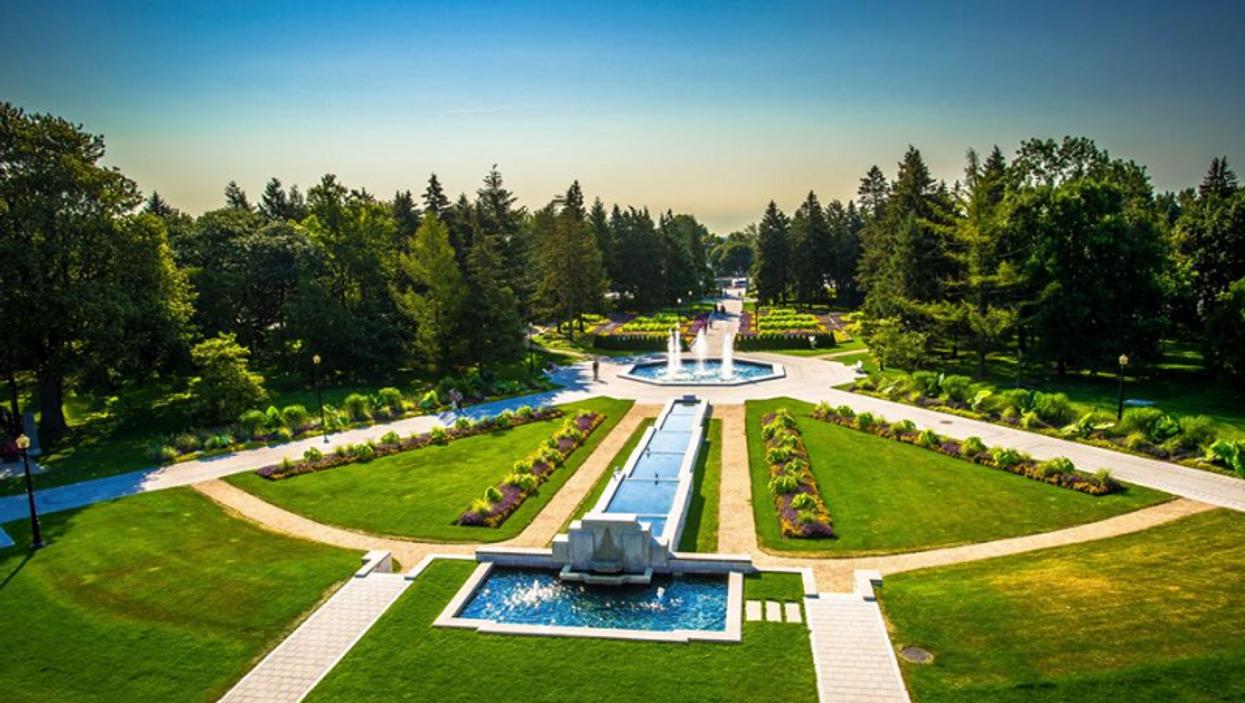 Tu peux visiter gratuitement le Jardin botanique seulement une journée cette semaine