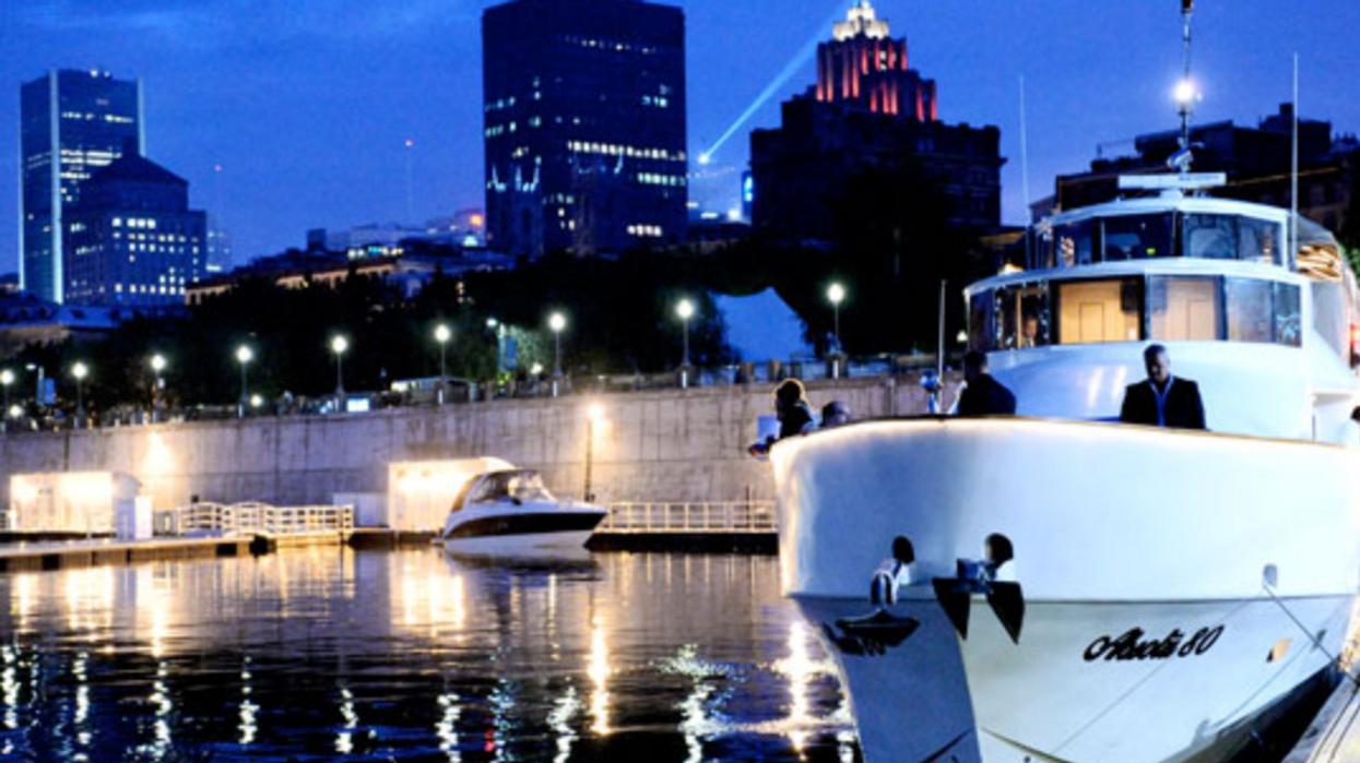 Tu peux louer un yacht privé de luxe à Montréal avec ta gang pour pas cher