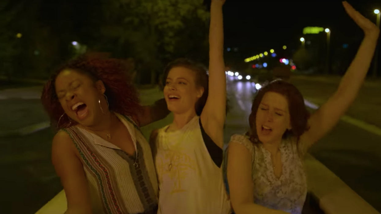 This New And Hilarious Netflix Is The Ultimate Summer Movie That You Need To See