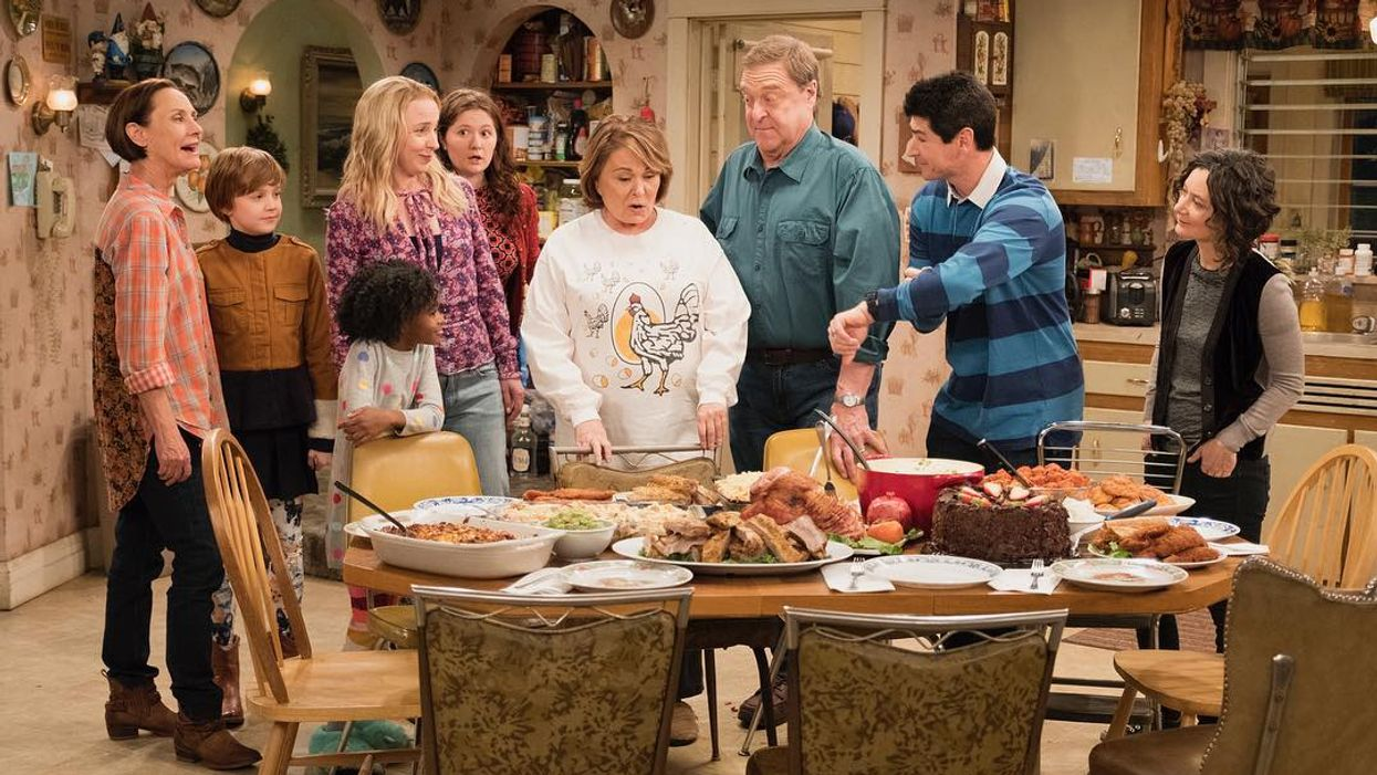 """There Will Officially Be A """"Roseanne"""" Spinoff Without Roseanne Barr And The Internet Is Not Impressed"""