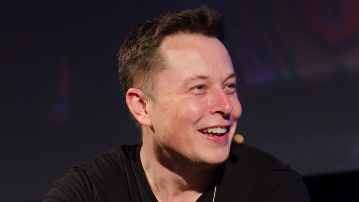 Elon Musk Is Getting Dragged Online For His Role In The Rescue Of The Thai Soccer Team