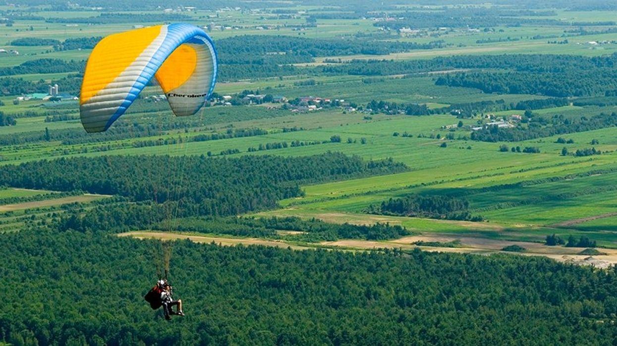 6 folles places au Québec où tu peux faire du deltaplane ou de la parapente