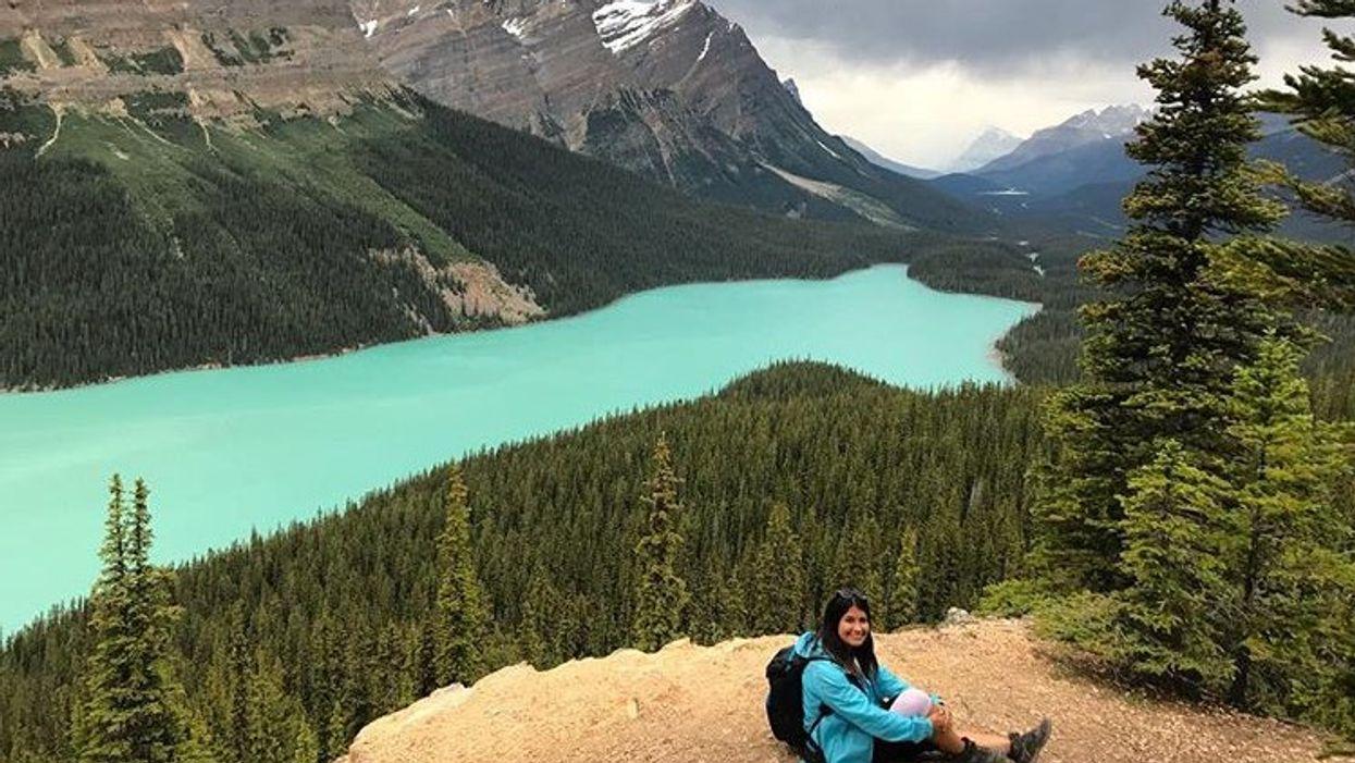 Ce lac magnifique vaut complètement le roadtrip au Canada cet été