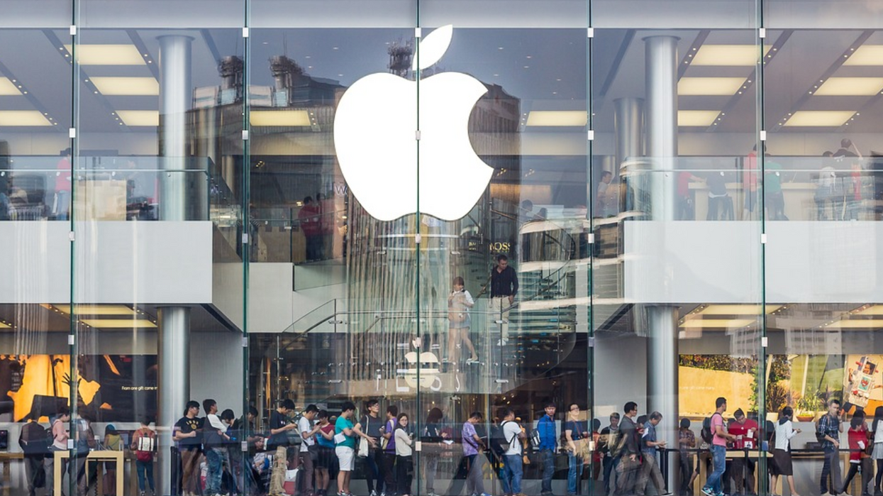 Apple's Total Revenue Is Now Almost Equal To Canada's National GDP