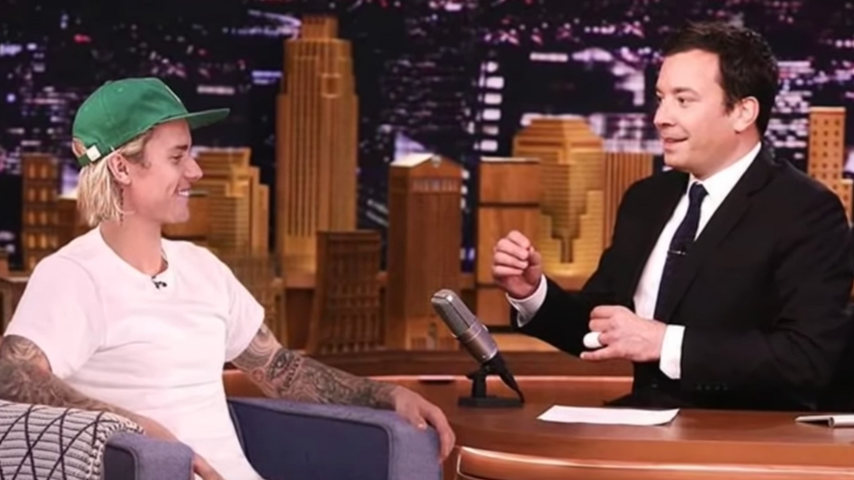 Justin Bieber And Jimmy Fallon Tried To Prank People In New York But No One Noticed (VIDEO)