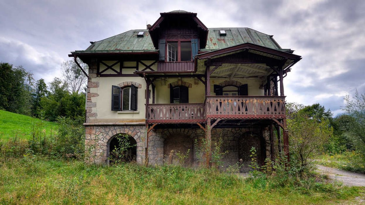 These Are The Most Haunted Spots In Alberta That You Must Road Trip To This Fall