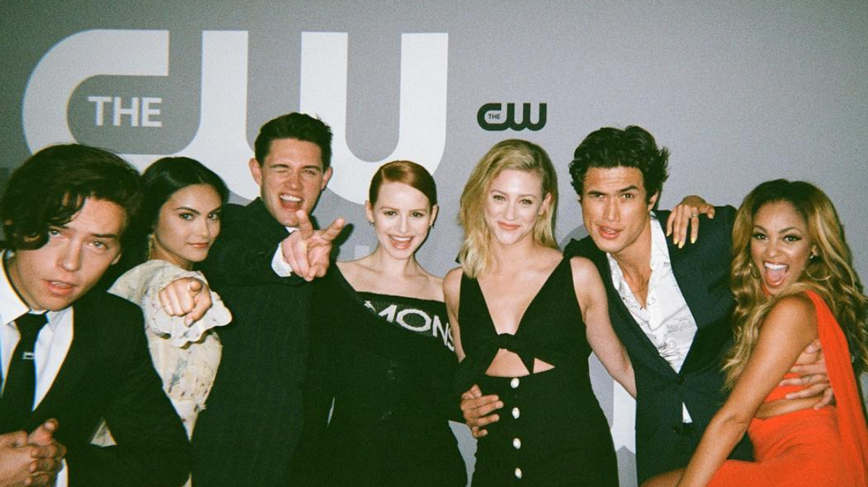 Riverdale Fans Think There May Be A New Cast Couple And It Actually Makes A Lot Of Sense
