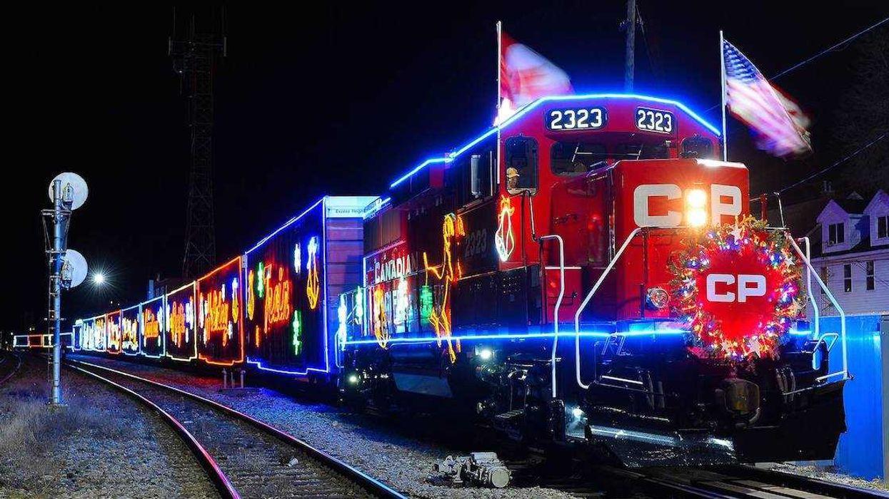 L'itinéraire du train des Fêtes super festif est enfin sorti et il fait plusieurs arrêts à Montréal et environs