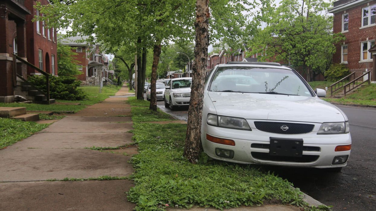 Toronto Finally Has A Website Where You Can Report People's Shitty Parking Jobs