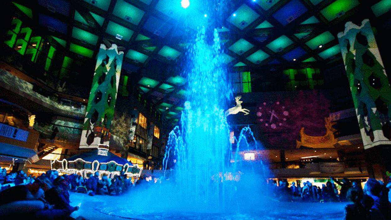 Il y aura un spectacle de fontaines de Noël magique gratuit pendant un mois à Montréal