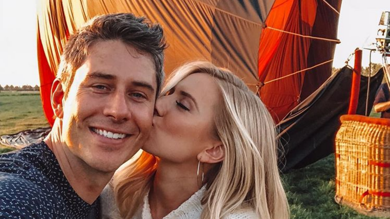 Arie Luyendyk Jr. And Lauren Burnham From The Bachelor Just Announced That They're Having A Baby