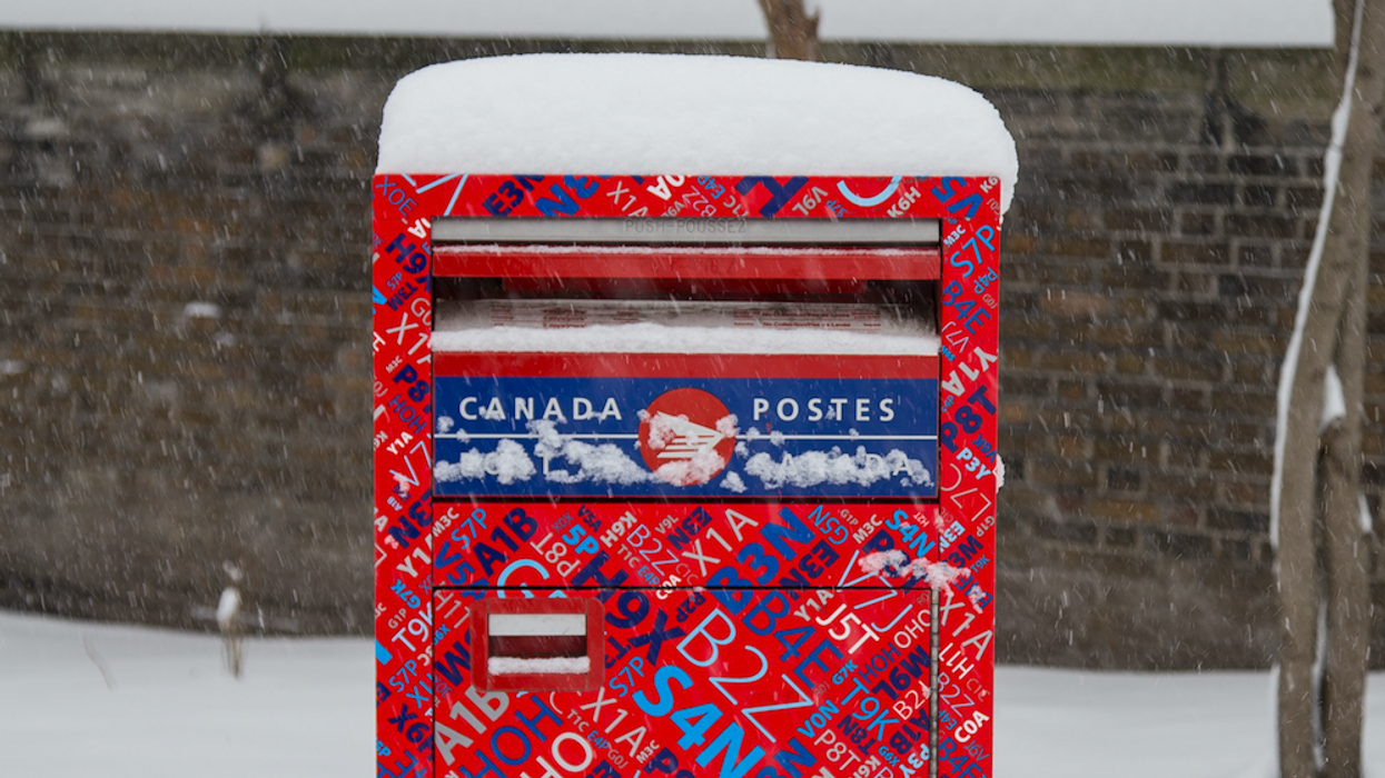 Canada Post Just Confirmed That You Likely Won't Get Your Packages Delivered This Christmas