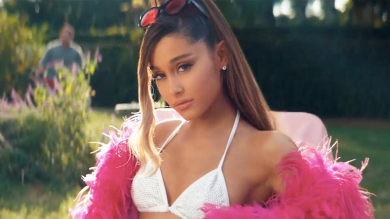 La vidéo méga attendue « Thank u, next » d'Ariana Grande vient tout juste de sortir et tu dois absolument voir ça