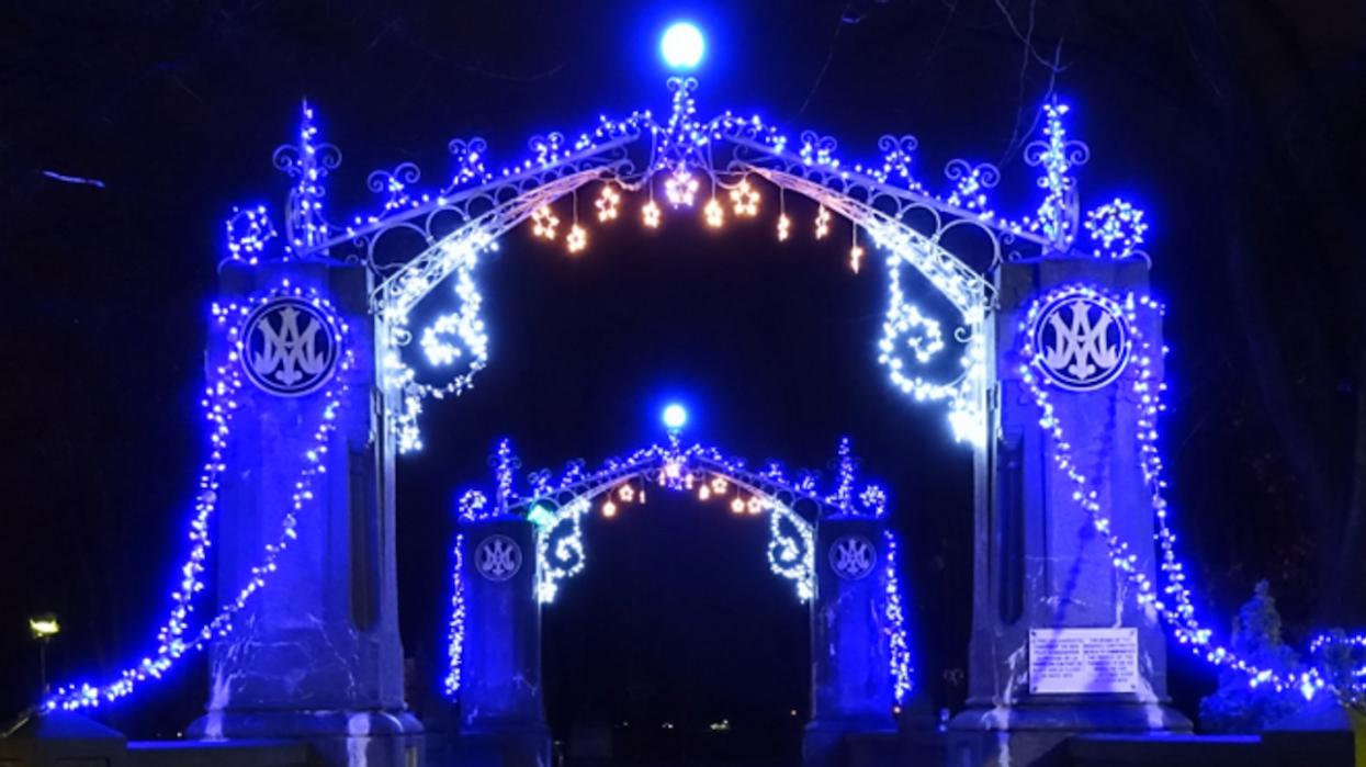 Le sentier de lumières magiques que tu dois visiter au Québec cet hiver