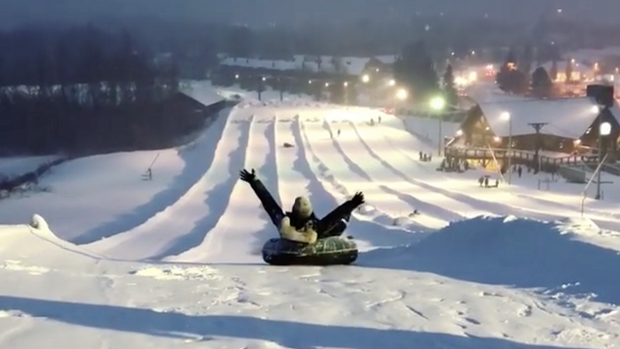 You Can Go Late Night Tubing At Canada's Largest Snow Park This Winter