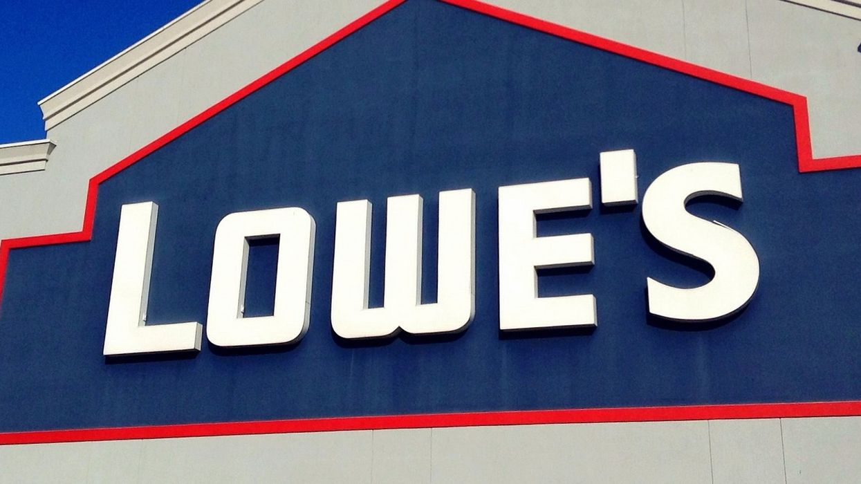 Lowe's Is Hiring Over 6,000 Store Employees Across Canada Next Month