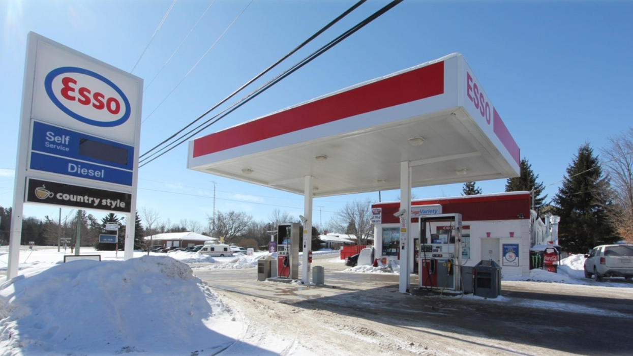 Ontario Gas Prices Are About To Drop To The Lowest They've Been Since 2016