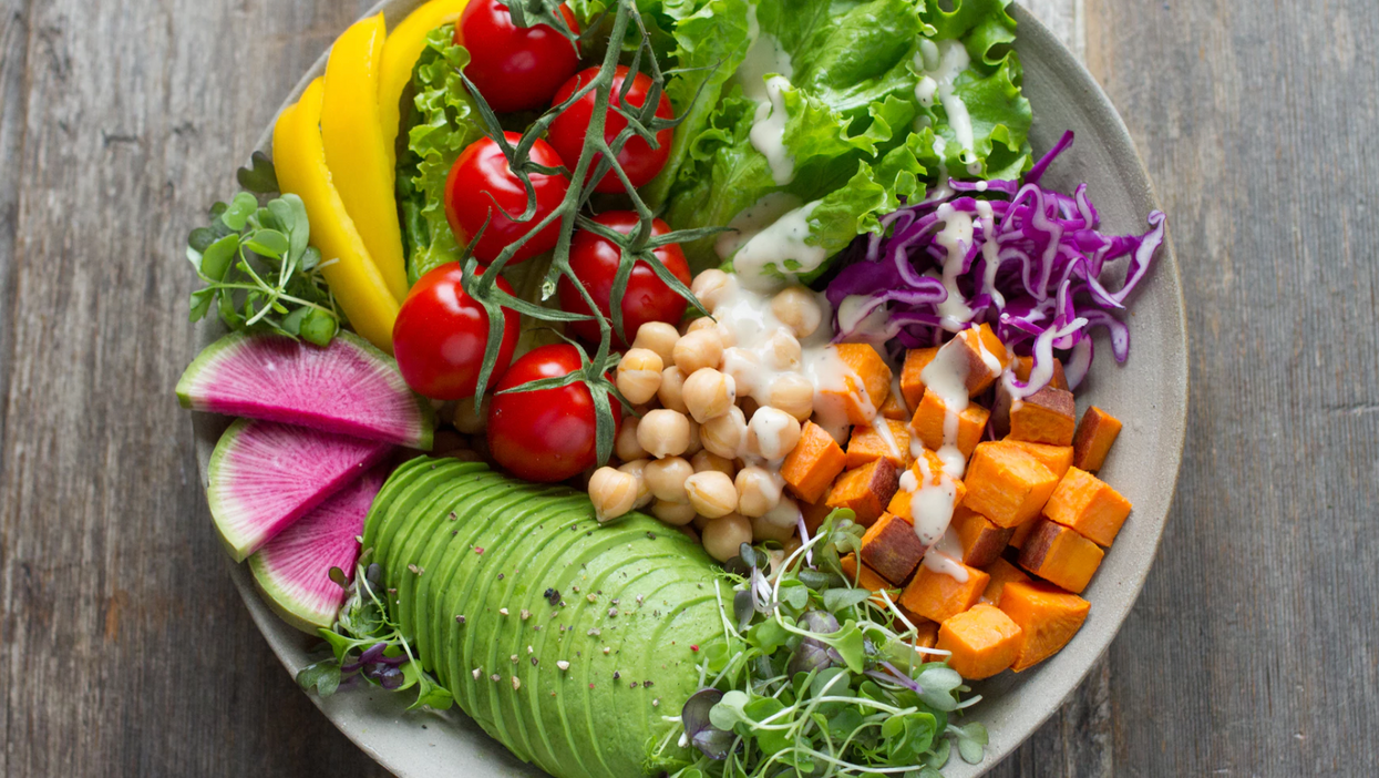 Canada's New 2019 Food Guide Promotes Vegan Foods More Than Ever Before