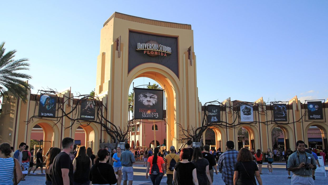 Universal Orlando Is Now Having A Huge Sale On Halloween Tickets And They Got Scary Cheap