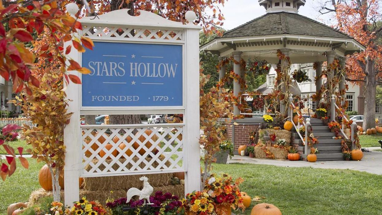 This Adorable Town Near Toronto Is Transforming Into Stars Hollow From Gilmore Girls