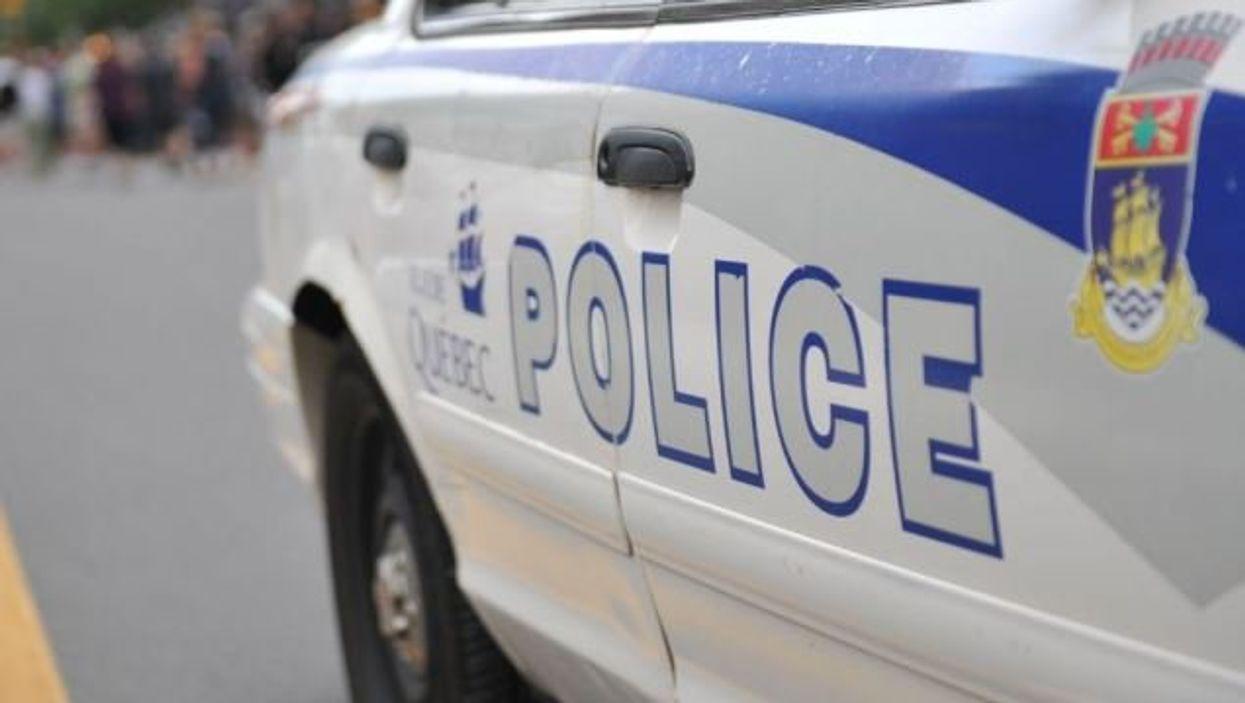 La police encercle une école secondaire de Québec à cause de menaces de mort