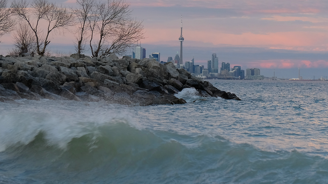 Sunday Is Shaping Up To Be The Most Bizarre Weather Day That Toronto Has Ever Seen