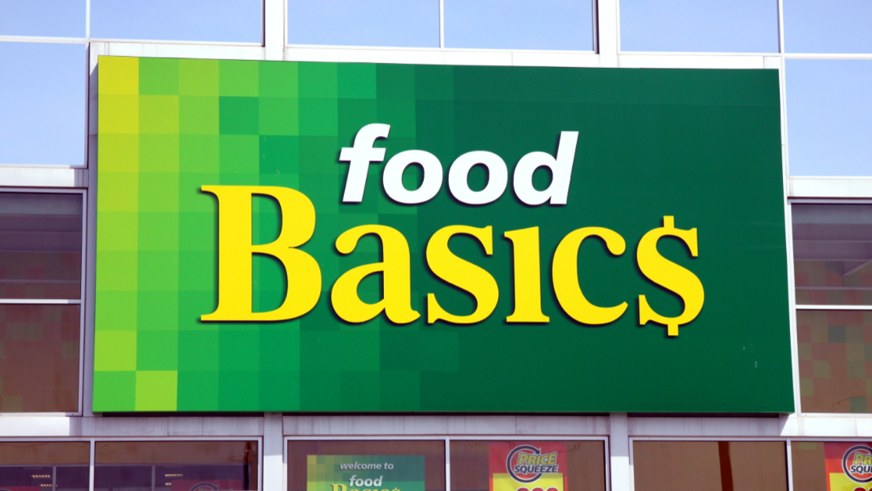 A Food Basics Store Was Left Unlocked In Ontario And Customers Still Shopped And Paid For All Their Items